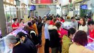 Giá vàng lên hơn 46 triệu đồng/lượng, người dân Nghệ An chen chân mua trong ngày vía Thần Tài