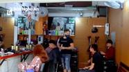 Nghệ An: Biện lý do không nắm được thông tin, quán nhậu, hiệu cắt tóc ngang nhiên mở cửa