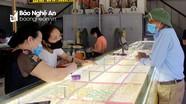 Vàng lại tăng vọt, người dân Nghệ An không biết nên mua hay bán
