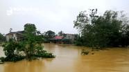 Nước sông lũ dâng cao hàng ngàn hộ dân ngoài đê Sông Lam bị cô lập hoàn toàn