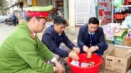 Hàng giả, hàng kém chất lượng tràn lan vùng miền núi Nghệ An dịp giáp Tết