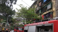 Cháy chung cư ở Vinh, nhiều người hoảng loạn