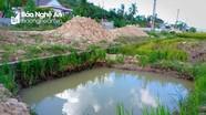 Nghệ An: Bé trai 4 tuổi đuối nước dưới hố chôn cột điện