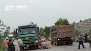 2 nữ sinh thương vong sau khi xe máy va chạm với xe tải
