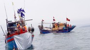 Bộ đội biên phòng Nghệ An cứu 2 tàu cá gặp nạn trên biển