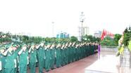 Đoàn đại biểu Đại hội Đảng bộ BĐBP Nghệ An dâng hoa báo công với Chủ tịch Hồ Chí Minh  