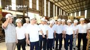 Chủ tịch UBND tỉnh thăm cơ sở chế biến tre, nứa tại Quế Phong