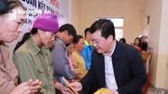 Chủ tịch UBND tỉnh Nguyễn Đức Trung vui Ngày hội Đại đoàn kết với người dân xã Trung Phúc Cường (Nam Đàn)