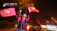 Hàng ngàn người hâm mộ Nghệ An chào đón 5 tuyển thủ U23 Việt Nam trở về