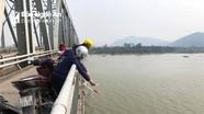 Muôn kiểu thả cá chép tiễn ông Táo ở Nghệ An