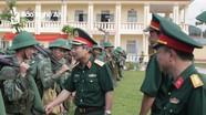 Đoàn công tác Bộ Tư lệnh Quân khu 4 kiểm tra tại Sư đoàn 324