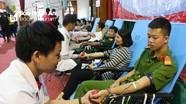 Đô Lương: Gần 2.000 người tham gia hiến máu tình nguyện