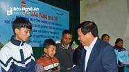 Bí thư Trung ương Đảng Nguyễn Xuân Thắng thăm, tặng quà Tết người nghèo huyện Diễn Châu