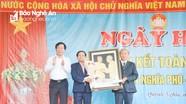 Trưởng Ban Tổ chức Tỉnh ủy chung vui Ngày hội Đại đoàn kết với người dân vùng biển Quỳnh Lưu