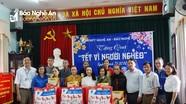 Báo Nghệ An, VNPT Nghệ An trao tặng quà Tết Canh Tý cho 30 hộ nghèo