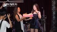 """""""Em gái mưa"""" Hương Tràm hạnh phúc cùng fans đón tuổi 23"""