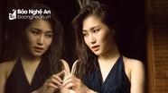 Hương Tràm tung ảnh gợi cảm chụp tại Thái Lan trước khi ra mắt dự án âm nhạc mới