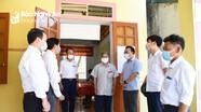 Bí thư Đảng ủy Khối Các cơ quan tỉnh kiểm tra công tác bầu cử tại Thanh Chương