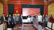 Lãnh đạo thành phố Vinh, Bộ CHQS tỉnh thăm, chúc Tết Báo Nghệ An