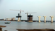 Cầu Cửa Hội bắc qua sông Lam thi công đạt trên 60%