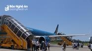 Hành khách đi du lịch qua cảng hàng không quốc tế Vinh giảm khoảng 50%