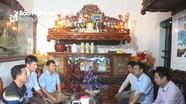 Lãnh đạo huyện Quỳnh Lưu thăm hỏi các gia đình có tàu cá bị cháy