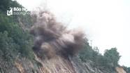 Chính thức nổ mìn, phá đá tại điểm sạt lở trên rú Nguộc Thanh Chương