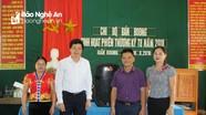 Bí thư Huyện ủy Con Cuông dự sinh hoạt với chi bộ bản Boong
