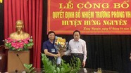 Trao quyết định bổ nhiệm Trưởng phòng Văn hóa - Thông tin huyện Hưng Nguyên