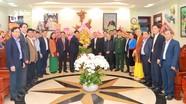 Lãnh đạo tỉnh chúc mừng Giáng sinh tại Tòa Giám mục Giáo phận Vinh