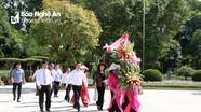 Phó Chủ tịch nước Đặng Thị Ngọc Thịnh dâng hoa, dâng hương tại Khu Di tích Kim Liên