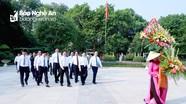 Lãnh đạo tỉnh Nghệ An dâng hoa, dâng hương tưởng niệm Chủ tịch Hồ Chí Minh