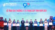 Nghệ An tuyên dương, trao Giải thưởng Lý Tự Trọng cho 9 cán bộ Đoàn tiêu biểu
