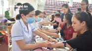 600 sinh viên Trường Đại học Vinh tham gia ngày hội hiến máu