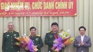 Bàn giao chức danh Chính ủy Bộ Chỉ huy quân sự tỉnh Nghệ An