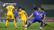 SLNA chơi với bộ đôi tiền vệ trung tâm nào khi V.League trở lại?