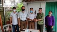 Thương binh nặng ở Nghệ An ủng hộ tiền trợ cấp cho công tác phòng chống Covid - 19