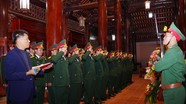 Bộ CHQS tỉnh Nghệ An dâng hương tại Khu Di tích Kim Liên và Nghĩa trang liệt sĩ thành phố Vinh