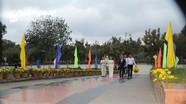 Báo Nghệ An dâng hương tưởng niệm tại Nghĩa trang Hàng Dương, Côn Đảo