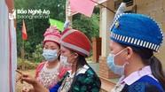 Người Mông rẻo cao miền Tây Nghệ An nô nức xuống núi bầu cử