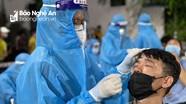Các khu công nghiệp ở Nghệ An tiến hành test nhanh Covid-19 cho công nhân