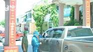Nhiều nơi ở thành phố Vinh lập chốt kiểm soát ra, vào làng để phòng dịch