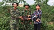 Nghệ An: Chiến sỹ trẻ trả lại hơn 20 triệu đồng cho người đánh rơi