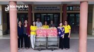 Phật tử chùa Đức Hậu thiện nguyện tại Bệnh viện Tâm thần Nghệ An