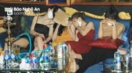 Hàng chục đối tượng người Nghệ An tụ tập 'bay lắc' trong quán karaoke