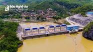 Nhiều nhà dân nứt toác, nguy cơ bị cuốn xuống lòng hồ thủy điện ở Nghệ An