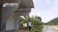 Những ngôi nhà 'dọa sập' ở miền Tây Nghệ An