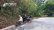 Hành trình 12 tiếng đi bộ vượt đèo Hải Vân của nhóm lao động quê Nghệ An