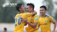 Phan Văn Đức ghi bàn, SLNA vẫn không thắng