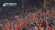 CĐV Việt Nam lập kỷ lục AFF Cup; Người đại diện lên tiếng về tương lai Mourinho